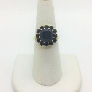 Jewelry - 18k Gold Vintage Dark Red Garnet Halo Ring Size 7